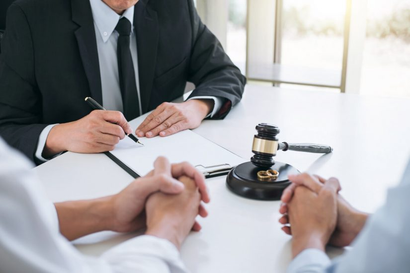 Divorce Lawyer: Choosing a Lawyer Who Best Suits Your Needs